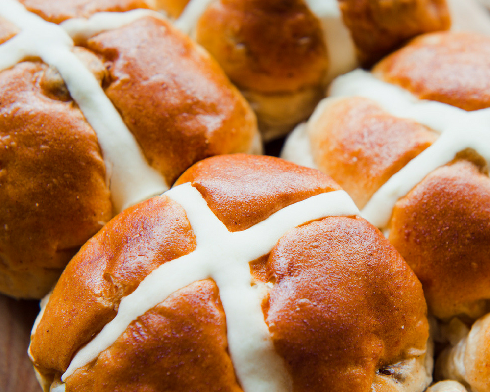 Glamor Hippie Organic Hot Cross Buns